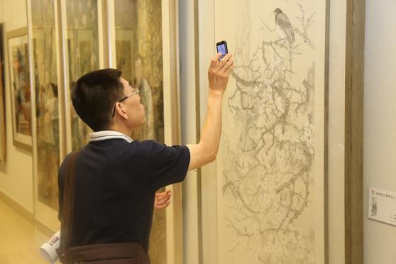 场 全国第二届现代工笔画大展在京启幕