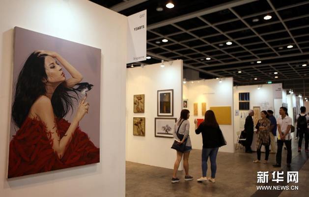 买得起的艺术展 香港展出千位艺术家作品