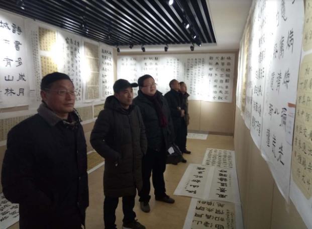 安徽:亳州市首届廉政书法临创展隆重开展