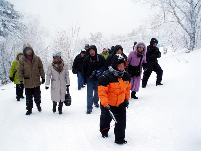 2009年于志学率冰雪画派在黑龙江亚布力写生