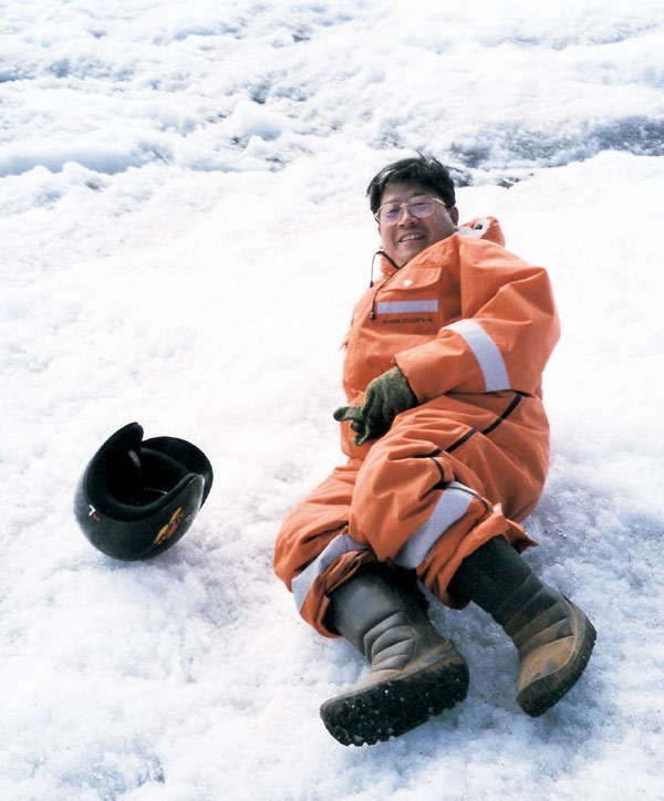 2000年于志学在北极