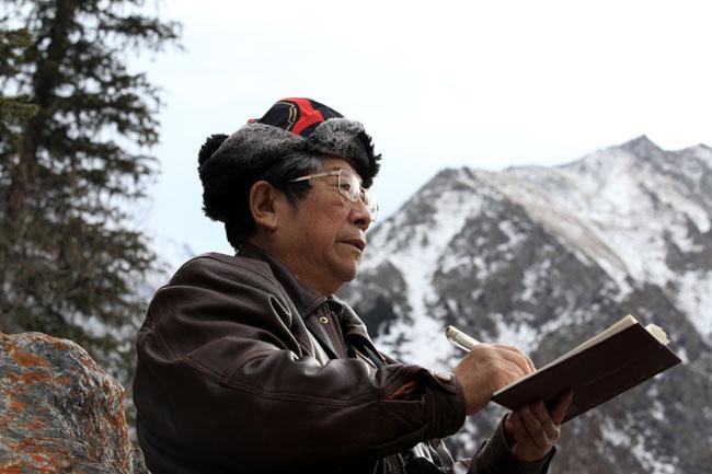 2015年于志学在吉尔吉斯斯坦阿拉阿查峡谷写生
