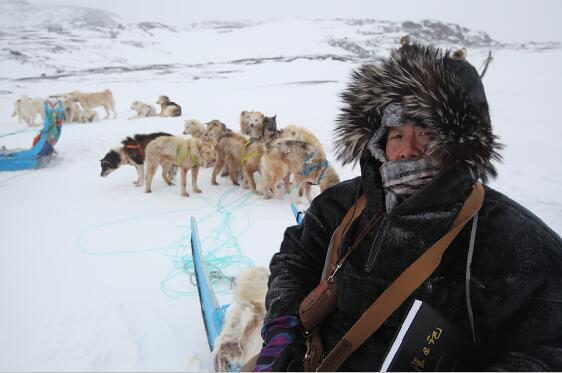 2013年,80岁的于志学在北极写生