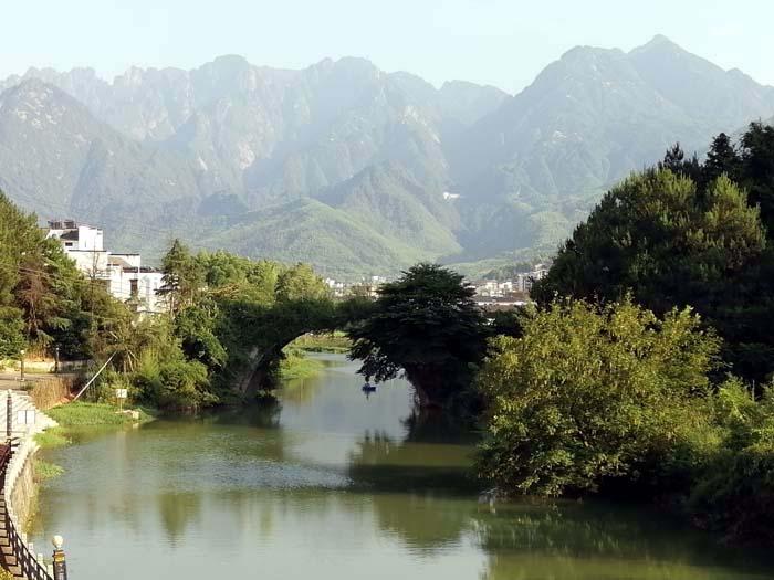 石桥曾是古代黄山北麓上山的必经之处