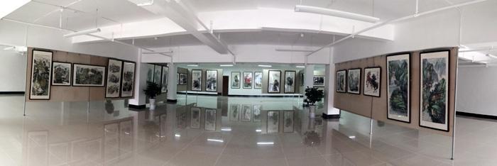 中国冰雪画派美术馆展厅一角